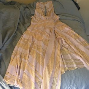 Cute dress for beach day or summer party